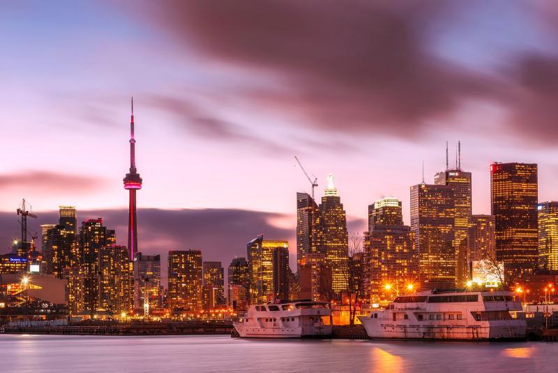 Toronto: Den Niagarafällen ganz nah sein